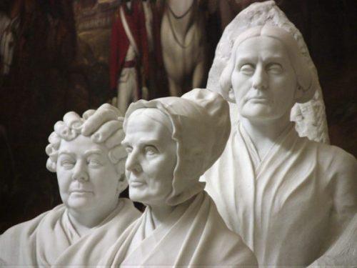 statuee